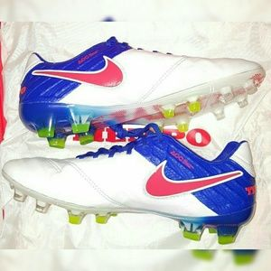 Nike ACC Tiempo FG Soccer Cleat Women Sizes 8, 8.5